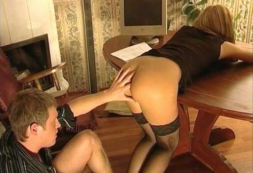 порно госпожа ебет служанку фото