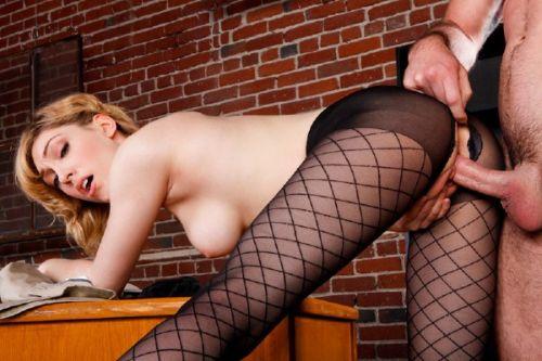 eroticheskie-kolgotki-porno