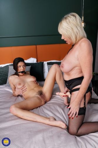 Amy EU 56, Francesca DiCaprio 24 - Amy has some special tricks up her sleeve just for Hairy (2018/FullHD)