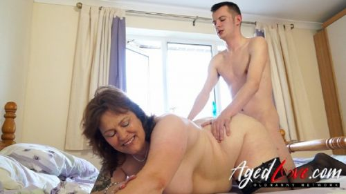 Tiger, Sam Bourne - British pornstar Tiger enjoying afternoon fuck with Sam (2019/FullHD)