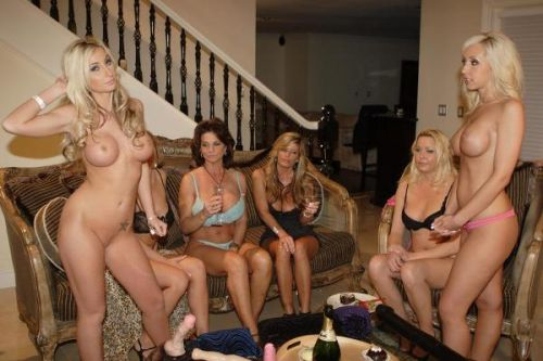 A Nude Party