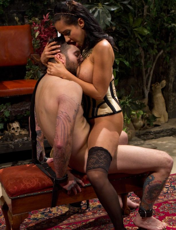 isis love pegging
